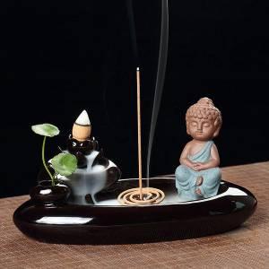 Thác khói trầm hương - Phật thiền hồ liên hoa