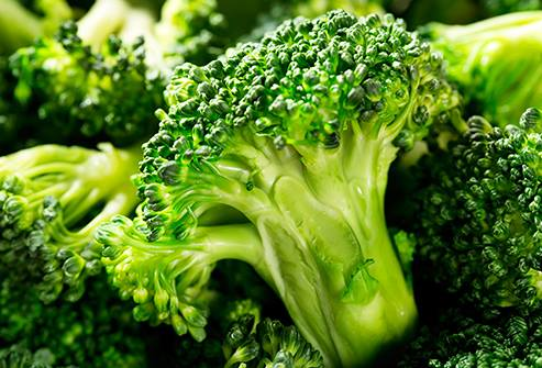 Súp lơ (hay còn gọi là bông cải xanh) có công dụng phòng chống ung thư